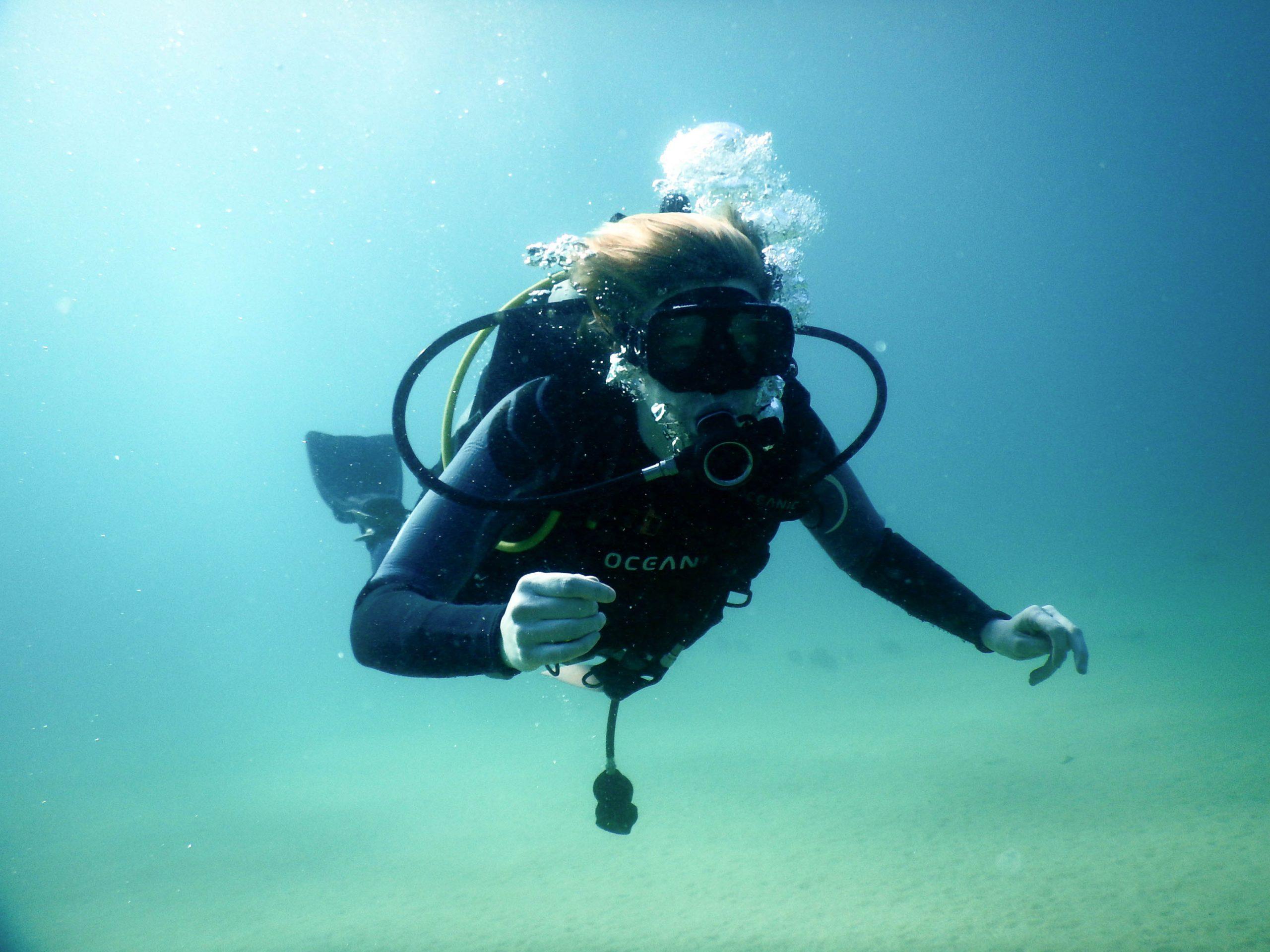 Discover Scuba diving in Cabo San Lucas